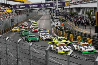 Podium for Porsche at Challenging FIA GT World Cup at Macau Grand Prix