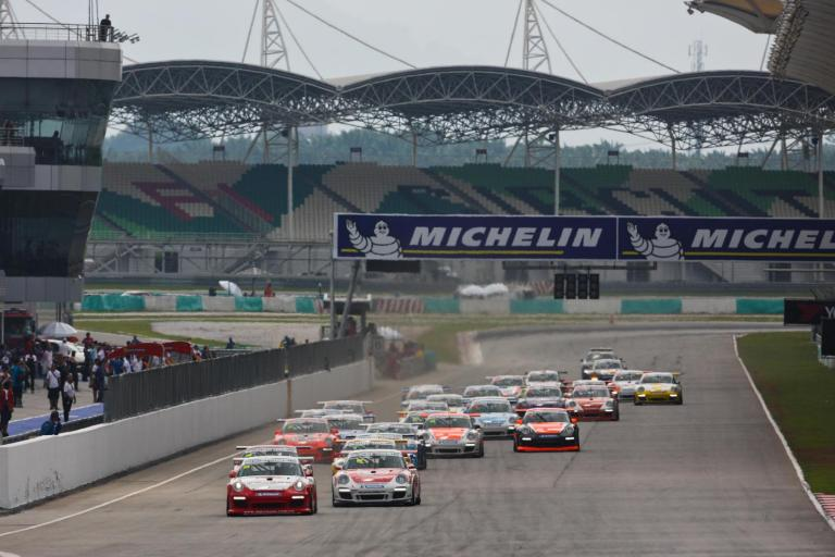 Porsche Stars Prepare for Lion City Thriller