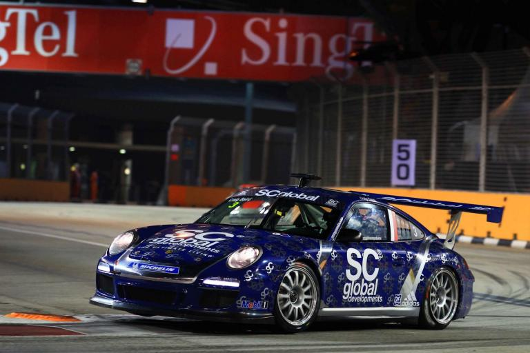 Ragginger Seizes Pole on Streets of Singapore